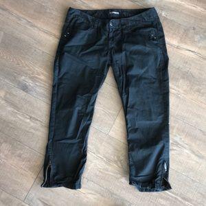 Express Black Zipper Crops